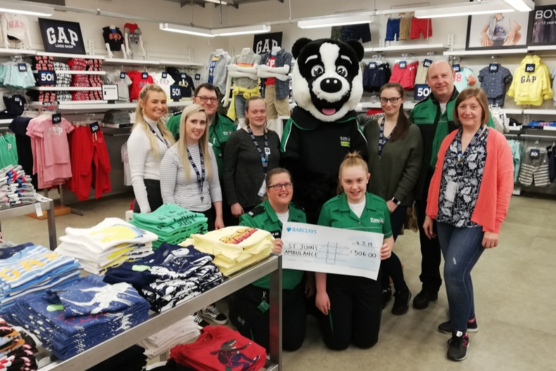 Gap Outlet fundraising for St Johns Ambulance