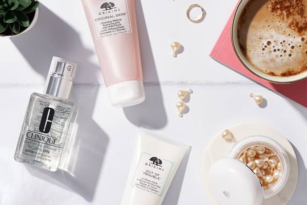 The Cosmetics Company Store Summer Giveaways with Purchase
