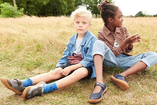 Clarks New Spring Styles up to 35% off