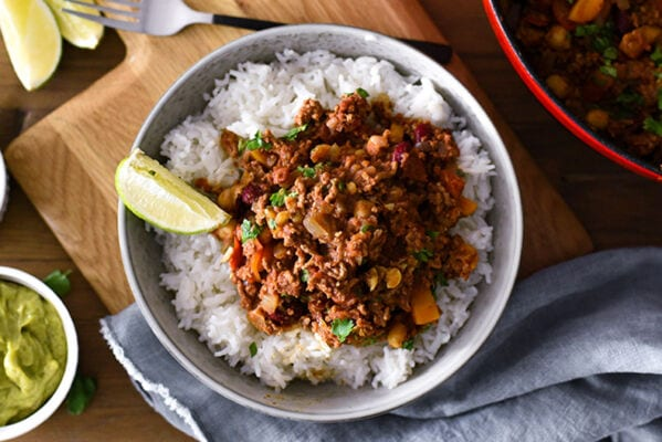 Live Well, Eat Well with ProCook's Chilli Con Carne Recipe